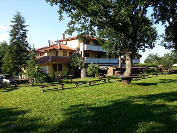 Hotel Pictures: Strandzha Complex, Sredets