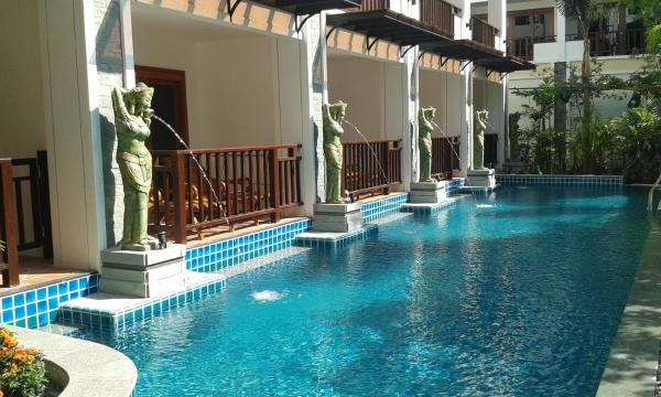 Deluxe Double Room with Pool Access