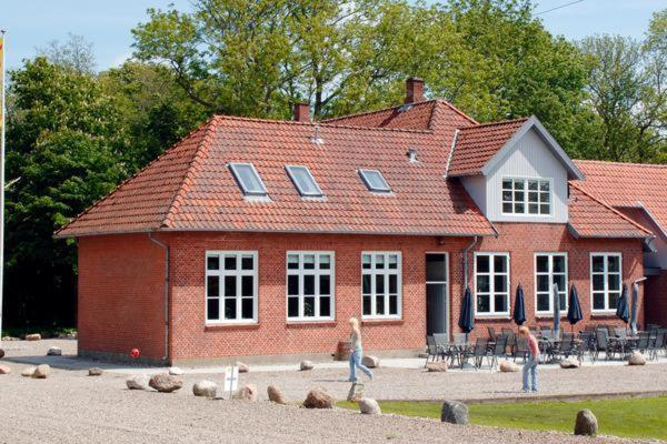 Hotel Pictures: Eight-Bedroom Holiday home in Bolderslev, Bolderslev