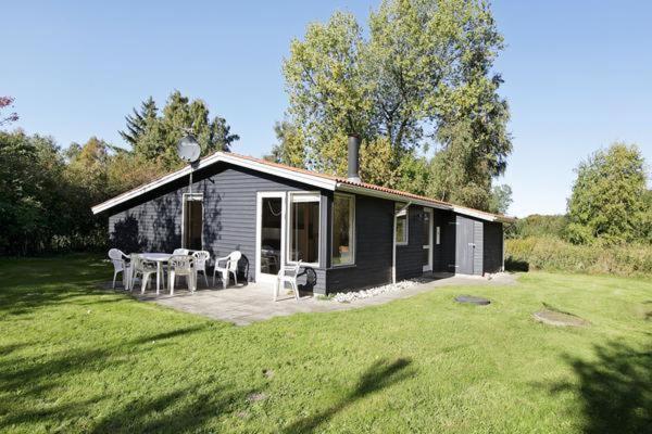 Hotel Pictures: Three-Bedroom Holiday home in Nykøbing Sj 2, Tjørneholm