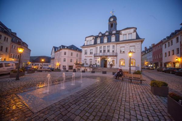 Hotel Pictures: Hotel Ratskeller Schwarzenberg, Schwarzenberg