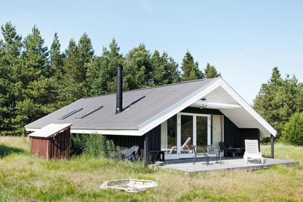 Hotel Pictures: Three-Bedroom Holiday home in Frøstrup 2, Nørklit