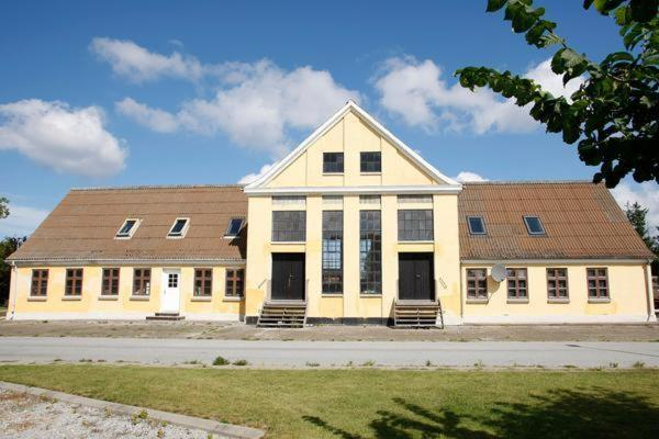 Hotel Pictures: Three-Bedroom Holiday home in Bindslev 5, Tuen
