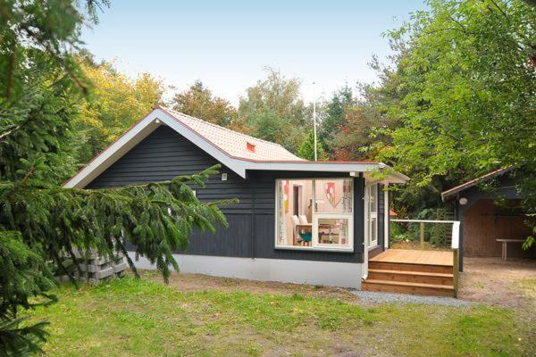 Hotel Pictures: Two-Bedroom Holiday home in Toftlund 13, Vestergård