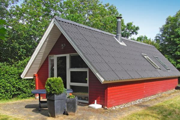 Hotel Pictures: Two-Bedroom Holiday home in Toftlund 14, Vestergård