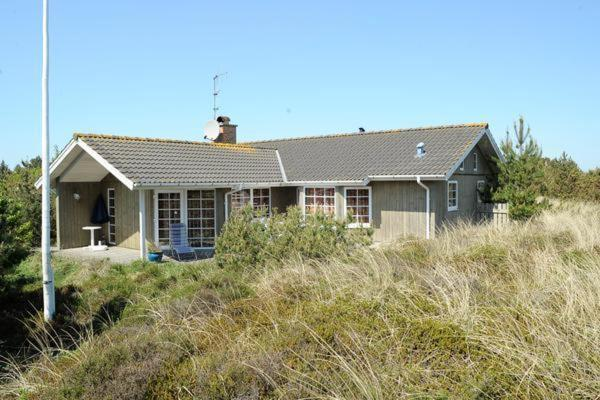 Hotel Pictures: Three-Bedroom Holiday home in Henne 5, Henne Strand