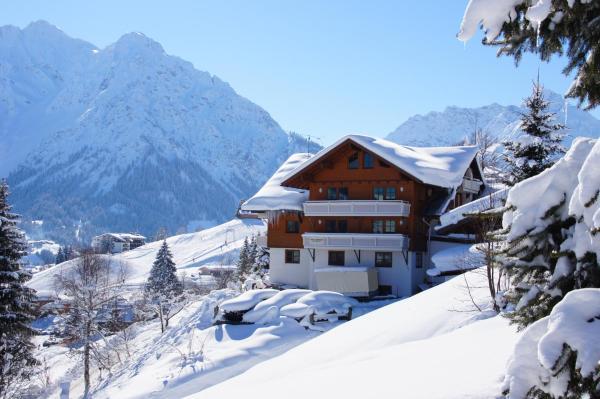 Fotos de l'hotel: Gästehaus am Berg, Hirschegg