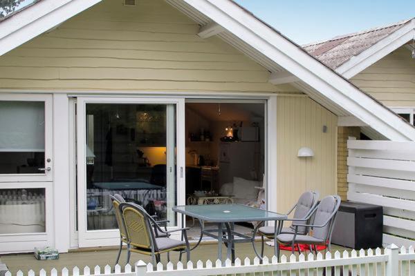 Hotel Pictures: Two-Bedroom Holiday home in Askeby 1, Askeby