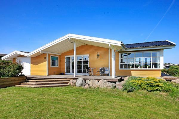 Hotel Pictures: Three-Bedroom Holiday home in Ebberup 1, Helnæs By