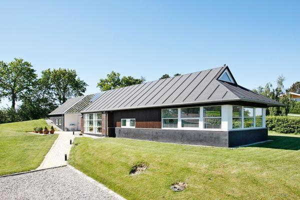 Hotel Pictures: Three-Bedroom Holiday home in Ebeltoft 42, Ebeltoft