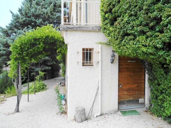 Hotel Pictures: La Petite Bergerie in Drôme Provençale, Rottier