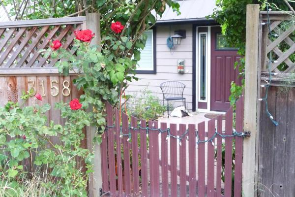Hotel Pictures: Cycle Inn Bed and Breakfast, Langford