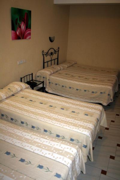 Quadruple Room (4 Adults)