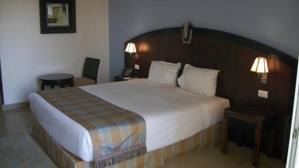 Comfort Room with Garden View