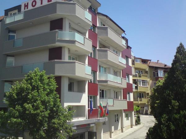 Фотографии отеля: Hotel Alpha, Благоэвгард