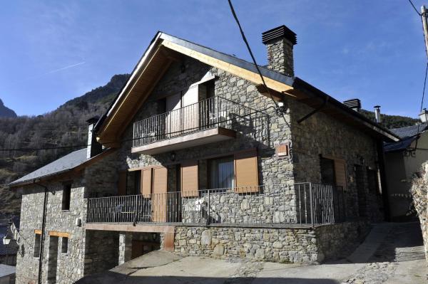 Hotel Pictures: Casa Franch, Espot