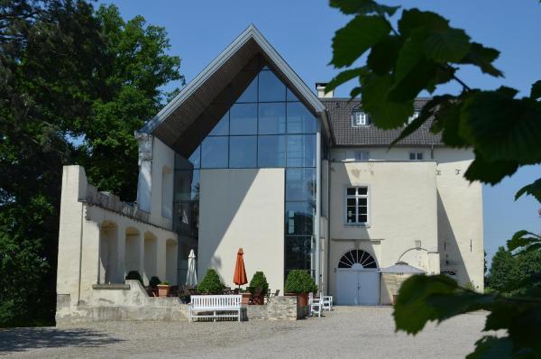Hotel Pictures: Burg Boetzelaer, Kalkar