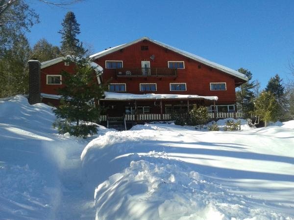 Hotel Pictures: Auberge The Parker's Lodge Inn, Val-David