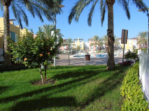 Hotel Pictures: Victorsol Apartamentos Laguna Play@, Vera
