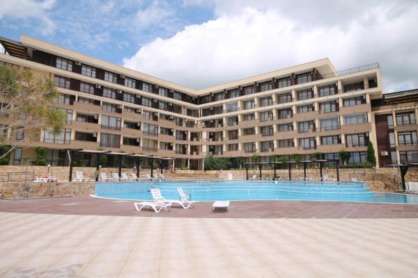 Hotel Pictures: Studio New Estate in complex Luxor, Sveti Vlas