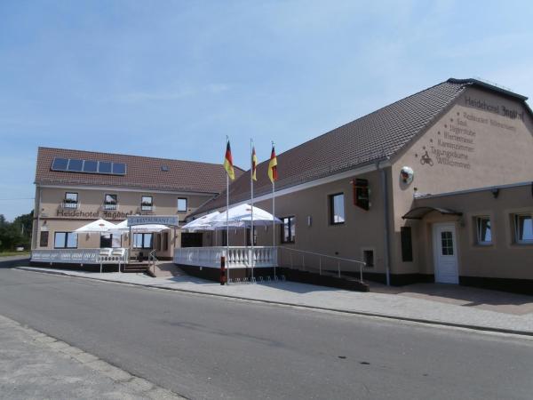 Hotel Pictures: Heidehotel Jagdhof Dobra GmbH, Dobra