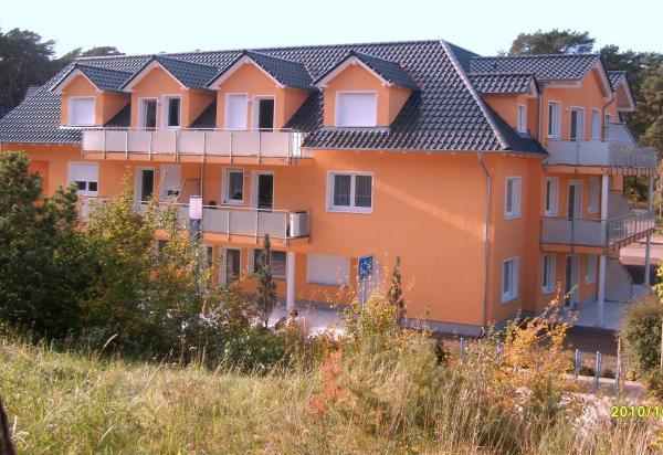 Hotel Pictures: Apartment zum Dünenblick, Trassenheide