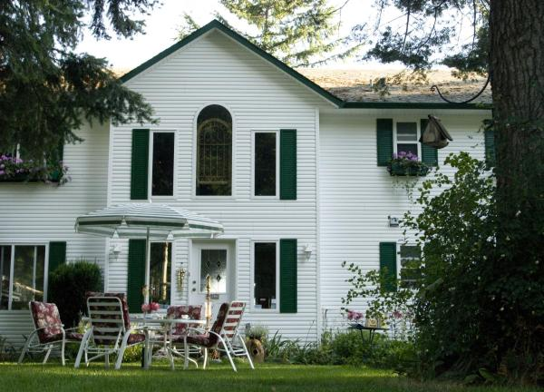 Hotel Pictures: Belle Vue Bed and Breakfast, Courtenay
