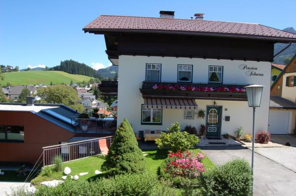 Hotel Pictures: Pension Schwan, Abtenau