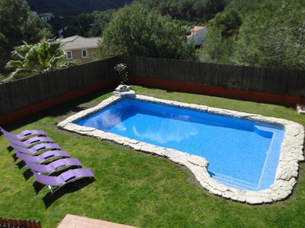 Hotel Pictures: Villa Sitges El Olivo, Canyelles