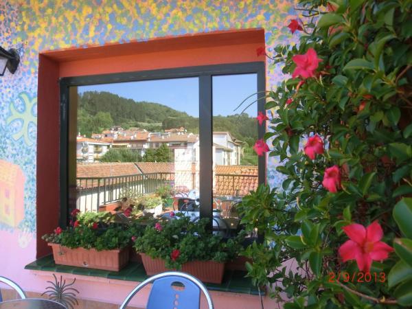 Hotel Pictures: , Guernica y Luno