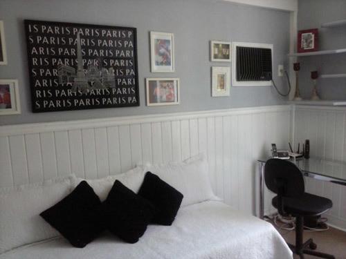 Basic Single Room with Shared Bathroom