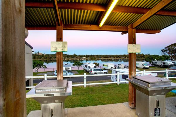 Zdjęcia hotelu: North Coast Holiday Parks Shaws Bay, Ballina
