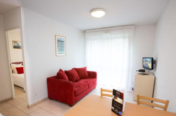Apartment (2-4 Adults)
