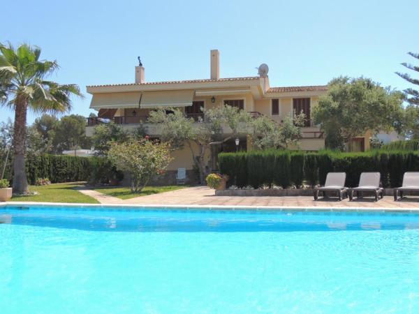 Hotel Pictures: Villa Rand, Cala Blava