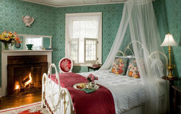Spencer Room