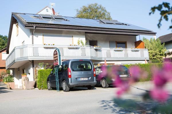Hotel Pictures: Gästehaus Schechter, Uhldingen-Mühlhofen