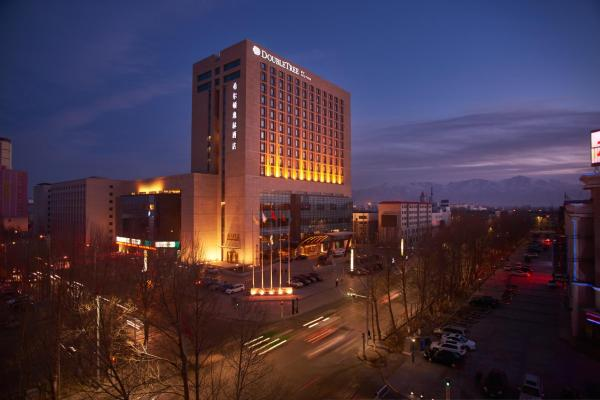 Hotel Pictures: DoubleTree by Hilton Qinghai - Golmud, Golmud