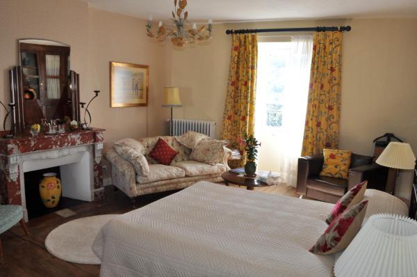 Hotel Pictures: Chambre d'hôtes L'Ancienne Maison du Notaire, Najac