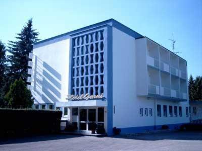 Hotel Pictures: Hotel Garni Trumm, Dillingen an der Donau