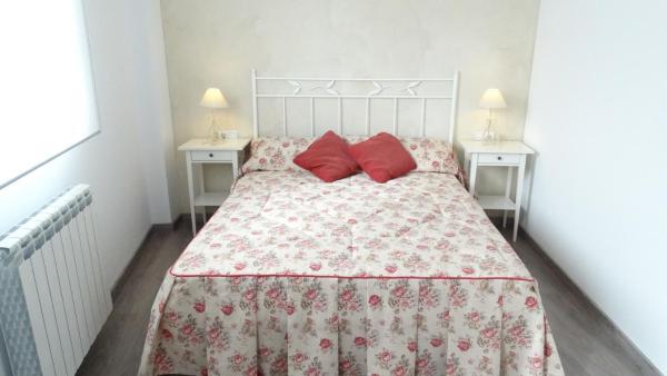 Hotel Pictures: Apartamentos Turísticos Teruel, Teruel