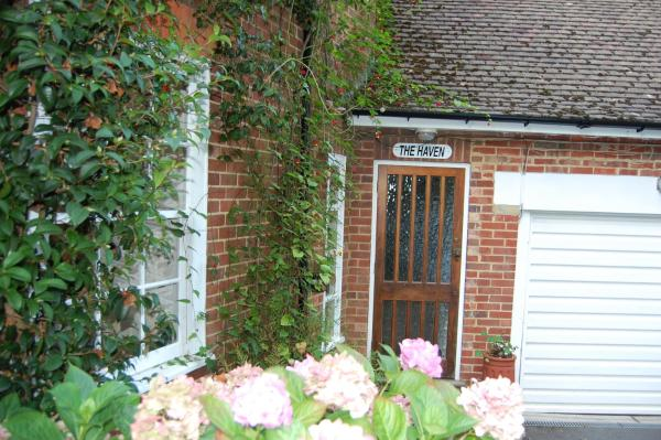 Hotel Pictures: The Haven at Talysarn, Ascot