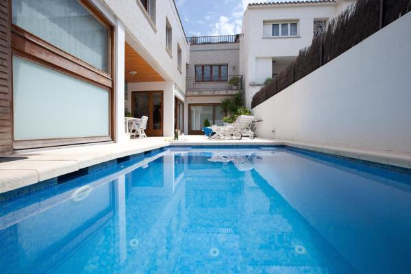 Hotel Pictures: Can Mora B&B, Vilassar de Mar