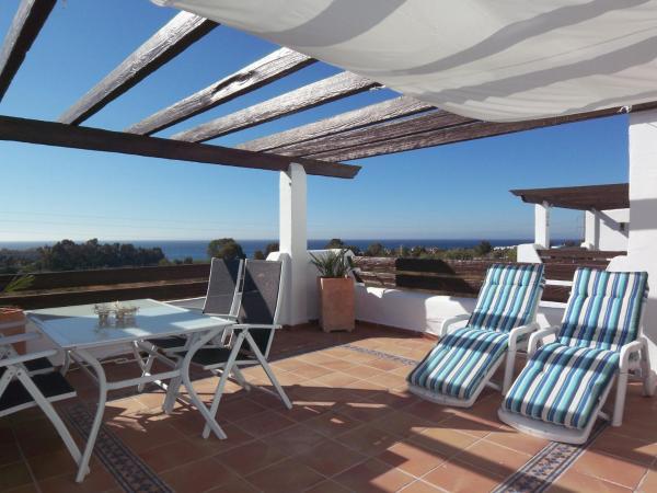 Fotos del hotel: Fantastic Seaview Penthouse in luxury complex, Estepona