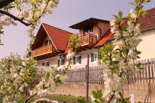 Hotelbilleder: Obst & Gästehof Brandl, Hartmannsdorf