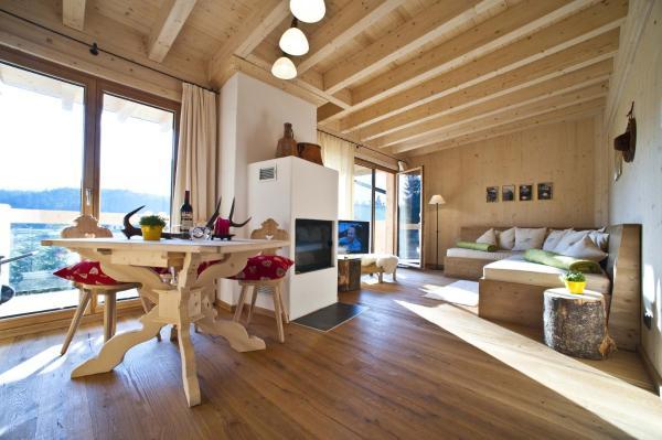 Chalet Apartment 2