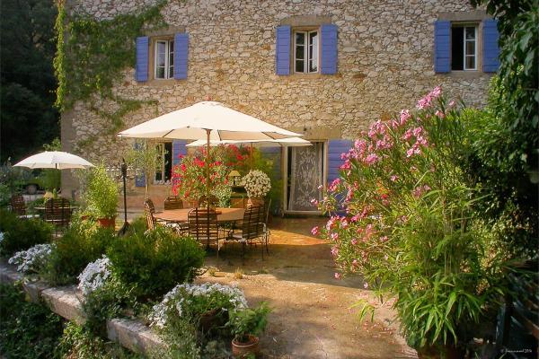 Hotel Pictures: Le Moulin du Rossignol, Rognes