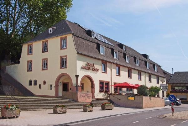 Hotelbilleder: Hotel Igeler Säule, Igel