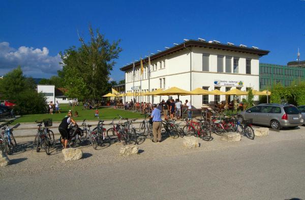 Hotel Pictures: Lago Lodge, Biel