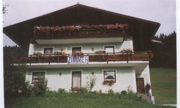 Fotos do Hotel: Privatzimmer Anneliese, Gosau