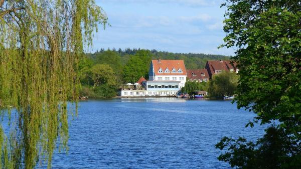 Hotelbilleder: Restaurant und Hotel Zum Weissen Ross, Mölln